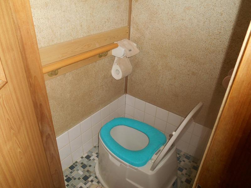 トイレ-改修前1