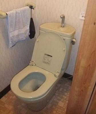 トイレ-改修前4